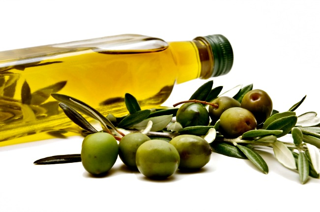 Olive oil. https://www.info-on-high-blood-pressure.com/Foods-That-Lower-Cholesterol.html