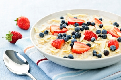Oatmeal and blueberries - A snack that fuel your body and help you lose weight  http://www.info-on-high-blood-pressure.com/Healthy-Snacks.html