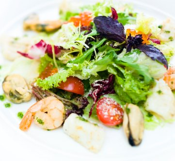 http://www.info-on-high-blood-pressure.com/Seafood-Salad.html