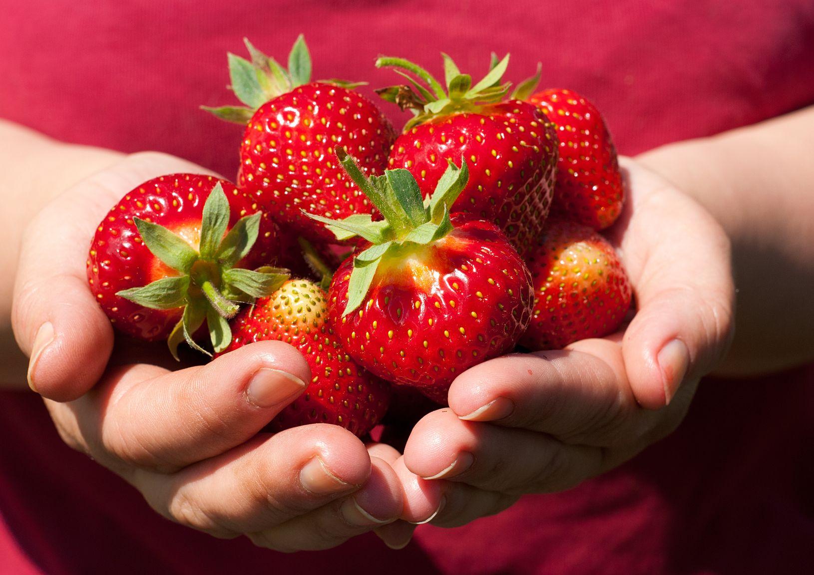 Handful of Strawberries. https://www.info-on-high-blood-pressure.com/Potassium-High-Blood-Pressure.html