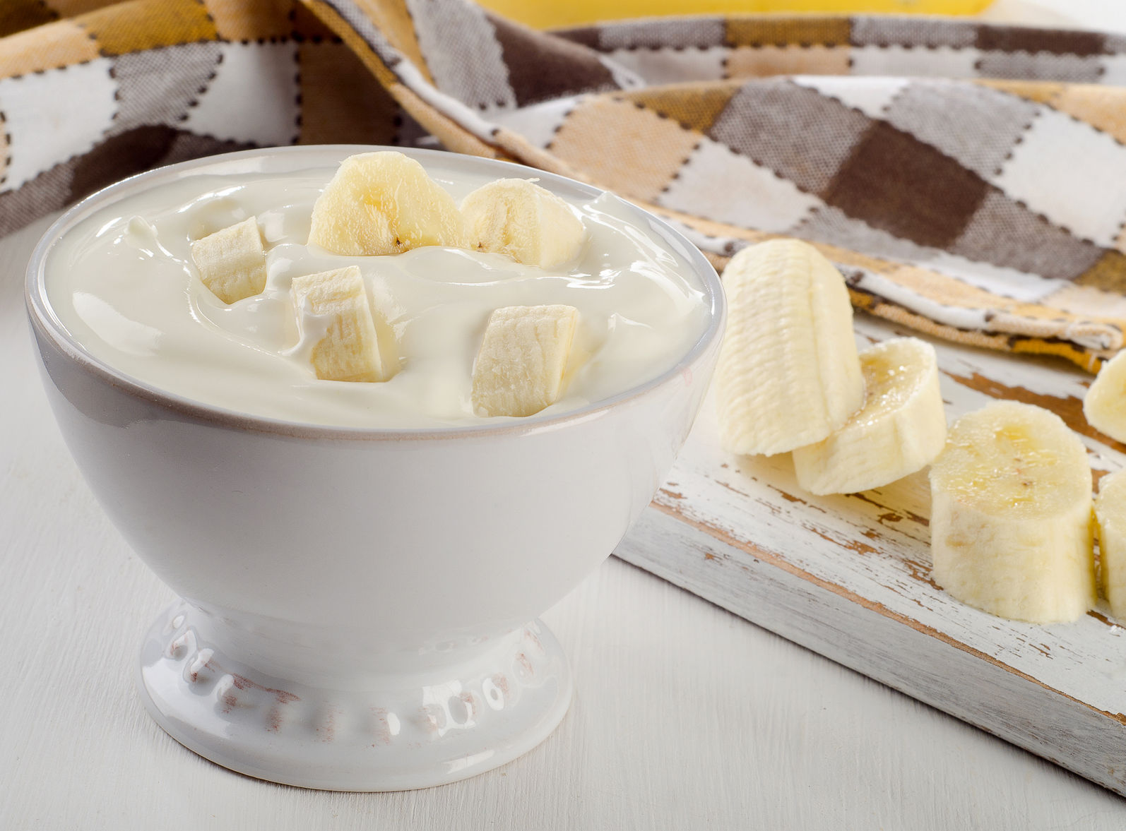 Yogurt and Banana an immune system booster     http://www.info-on-high-blood-pressure.com/Healthy-Snacks.html